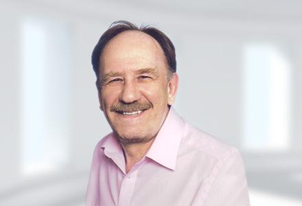 Herr Johann Thießen